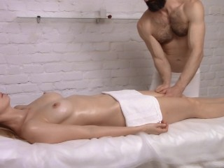 Intense Fuck After Sensual Massage – She Came Twice