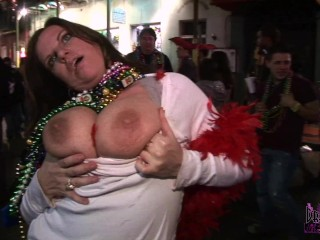 Huge Natural Boobs Flashed On Bourbon St At Mard Gras