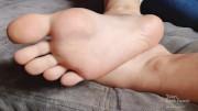 Instagram Foot Model JOI wrinkled soles - foot fetish