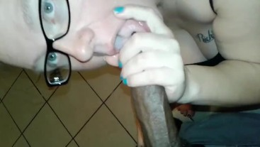 White BBW swallows Daddy's BBC whole and gets sloppy!!