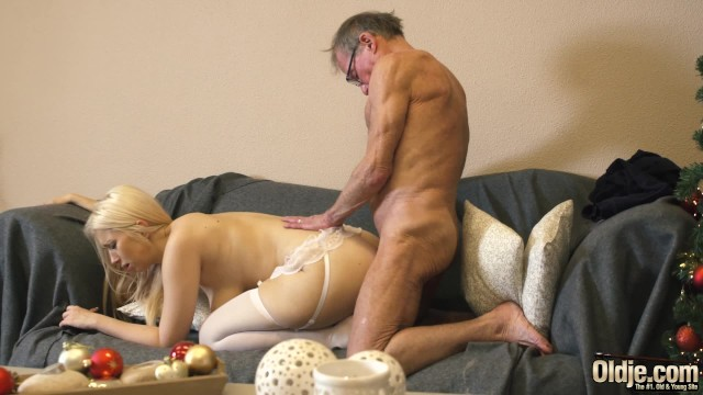 Swallow daddys cum 70 year old man fucks 18 year old girl she swallows all his cum