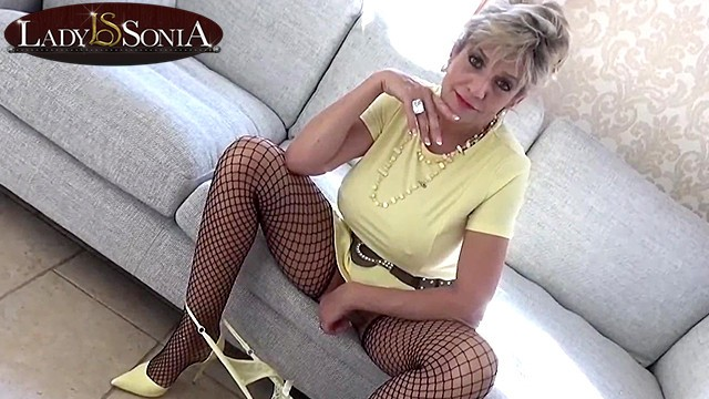 Ladies cum clips - Busty aunt sonia loves making you edge before you cum