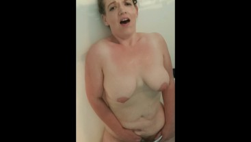 Thick Milf Playing In The Shower