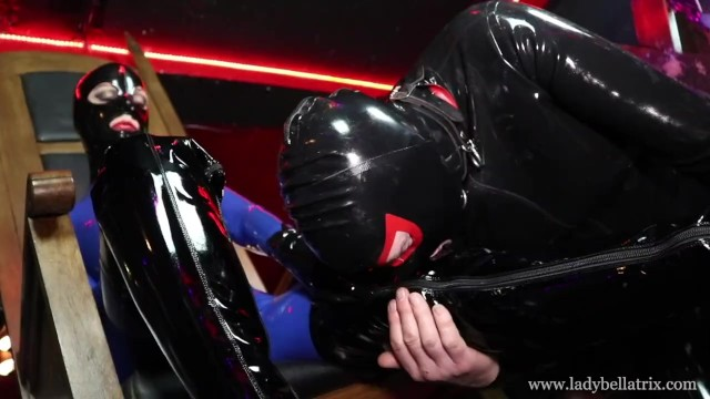 Vintage drum throne Worship the rubber queen in her throne - lady bellatrix in heavy rubber