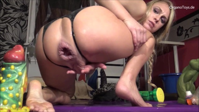 Blonde dildo double - Wrecking my asshole with the abradrachabra dildo, it fucks me so good