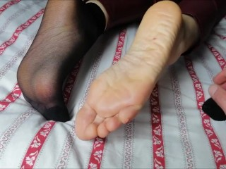 Feet massage slave/socks slave/them worshiper my slave and