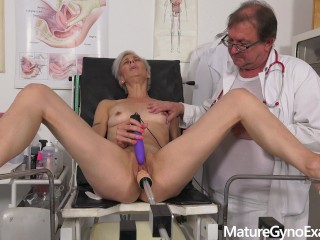 Hot mature cougar Belinda Bee made to cum by her kinky gynecologist