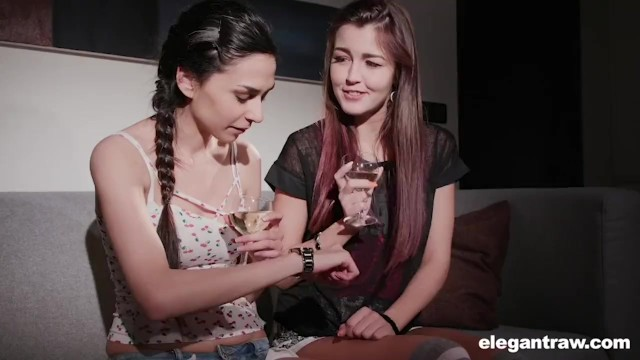 Elegance in bondage - Lesbian students scissoring in prague