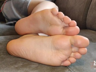 German Ig Foot Model Shows Her Soft And Smelly Feet Soles Fetish...