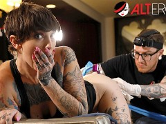 Sully Savage Has Her Pussy Inked While Being Ass Fucked