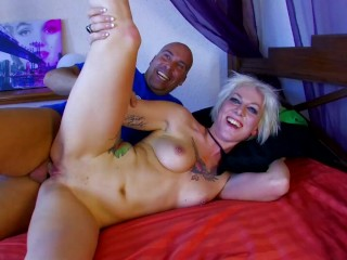 PAWG Blonde Gets Ass Stuffed by Monster Cock and Get Cum Covered