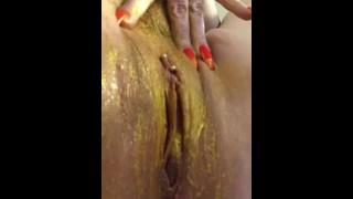 golden pussy member paint
