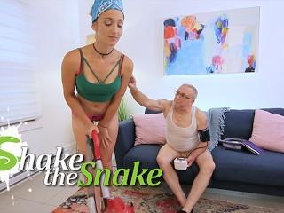 Shake The Snake Old GrandPa Fucks Young Teen