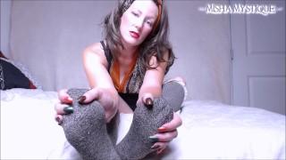 완전 무료 포르노 비디오 - Misha Mystique Pov 양말 예배 Joi : 내 양말에 대한 거시기를 바보-Femdom Pov 양말 페티쉬