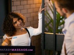 Fantasymassage Massaged Down By The Hot Aussie Next Door