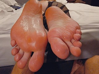 Ginger ale feet/on footjob long my perfect