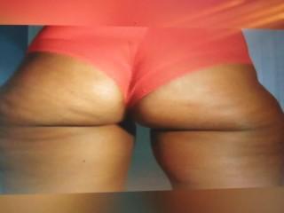 Camel toe, big ass, wide hips, those hips, candid wide hips