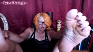 Video porno gratuiti - Misha Mystique Adorazione Dei Piedi Pov Leccare Le Mie Suole Sporche Feticismo Del Piede A