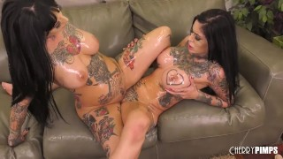 Busty Inked Babes Riding Sybian and Scissoring in Live Show After Toying