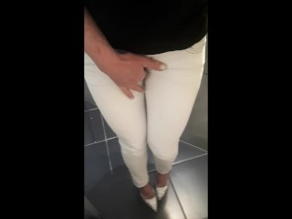 Desperate pee in white Jeans and Highheels and rubbing my wet clit