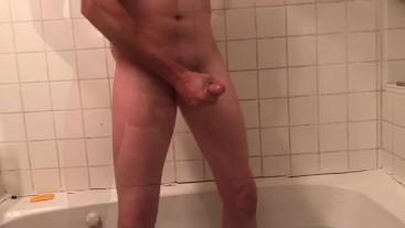 Fun in the tub!!!!