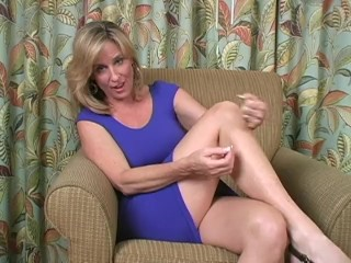 Sniffing moms panties jerk off instructions
