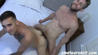 AmateursDoIt - Tatted twink pummeled bareback by bearded jock