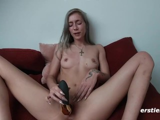 Sweet Petite Amateur Fingers and Toys Herself to Orgasm
