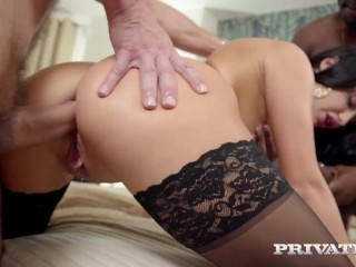 Private-com – Pierced Daphne Klyde DPd By BBC & White Dick!