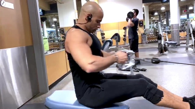 24 hour fitness gay in souther Sean zevran at 24-hour fitness burbank
