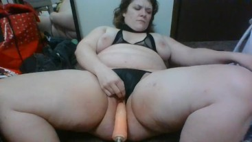 THICC BAE GETS PLOWED BY A SEX MACHINE - LITERALLY, A SEX MACHINE!