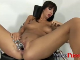 Annette Inserts Objects Into Her Pussy at Doctors Office Annette Schwarz