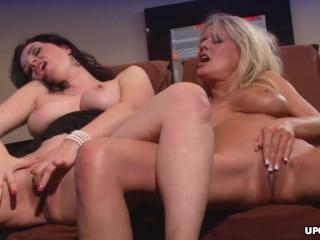 Anastasia Pierce and Bridgett Lee are making love Anastasia Pierce, Bridgett Lee