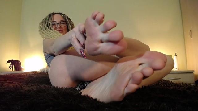 Foot fetish cum countdown fun Feet joi countdown