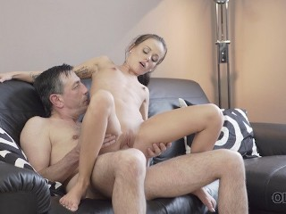 OLDK Daddy fills tender young mouth of Tina Walker with thick sperm