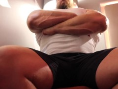Muscle Daddy Verbal Rough Foot Worship While Flexing Over Slave!