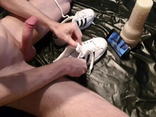 4K – Hard fuck with Adidas Superstars while watching Adidas fetish video