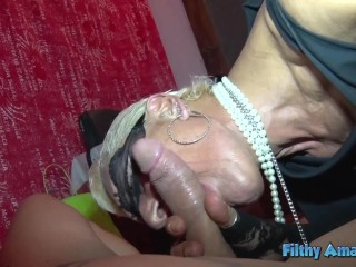 How this noblewoman squirts