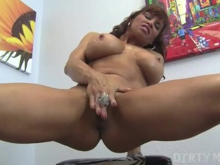 Female Muscle Porn Star Devon Michaels Gives You Hot CloseUps Of Her Pussy