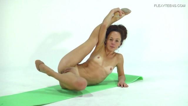 Super hot girls naked videos - Anna ocean super flexible and hot babe