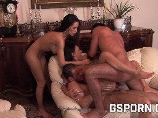 Two hot couple for a hard orgy