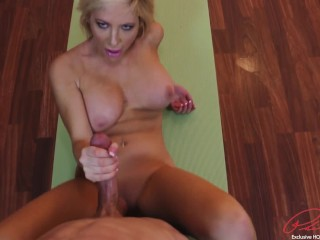Patrick delphia milf workout session turns into tug job