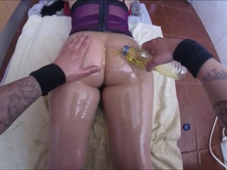 Teen butt worship spanking groping oil and pussy farts