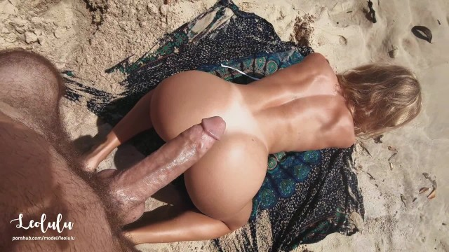 Sex on a Perfect Beach! Cum everywhere and keep fucking! Amateur LeoLulu