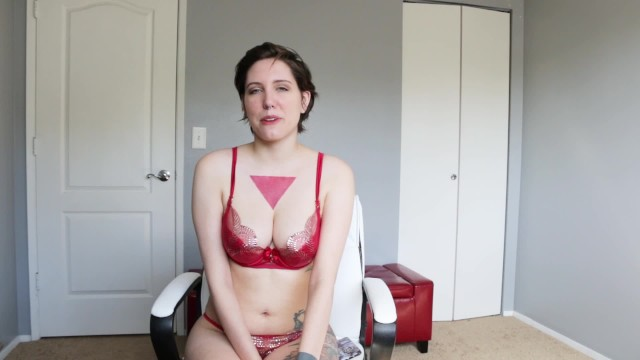 Gentle Cuckold- i'm an Artists Nude Muse!