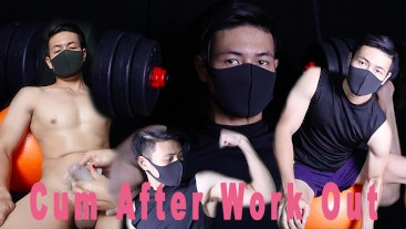 HOT!!!Straight Guy CUM EXPLOSION After Workout 壮男大鸡吧高喷射