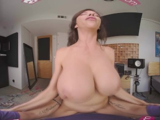 VR BANGERS Professional MILF Singer Squirting On Microphone VR Porn