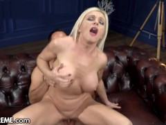 21sextreme Sucking & Fucking Hot Mature Blonde