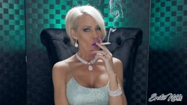 Masturbate For Me While I Smoke - Nikki Ashton
