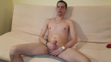 masturbation on the couch and cumming (Hungary)